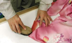 kimono-cleaning